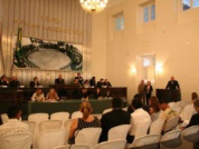 Sessão pede apreciação de projeto que regulamenta a profissão médica