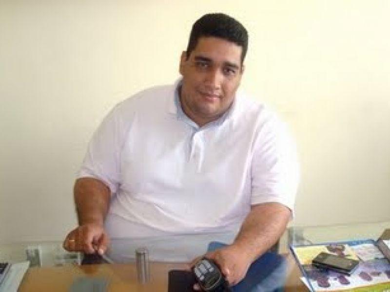 Felipe Barreto é afastado da Prefeitura de Neopólis