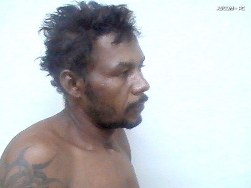 Homem assalta banhista e acaba preso no Francês
