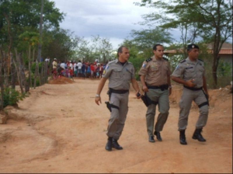 9º BPM realiza reintegração de posse pacífica em Inhapi