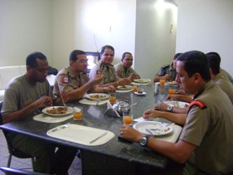 Policiais paraibanos conhecem Centro de Gerenciamento de Crises da PMAL