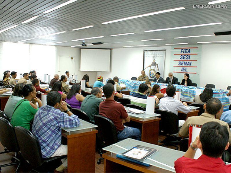 Secretário participa de seminário e defende unificação de polícias