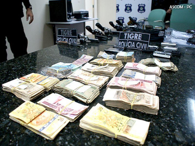 PC prende suspeitos de assalto a Banco