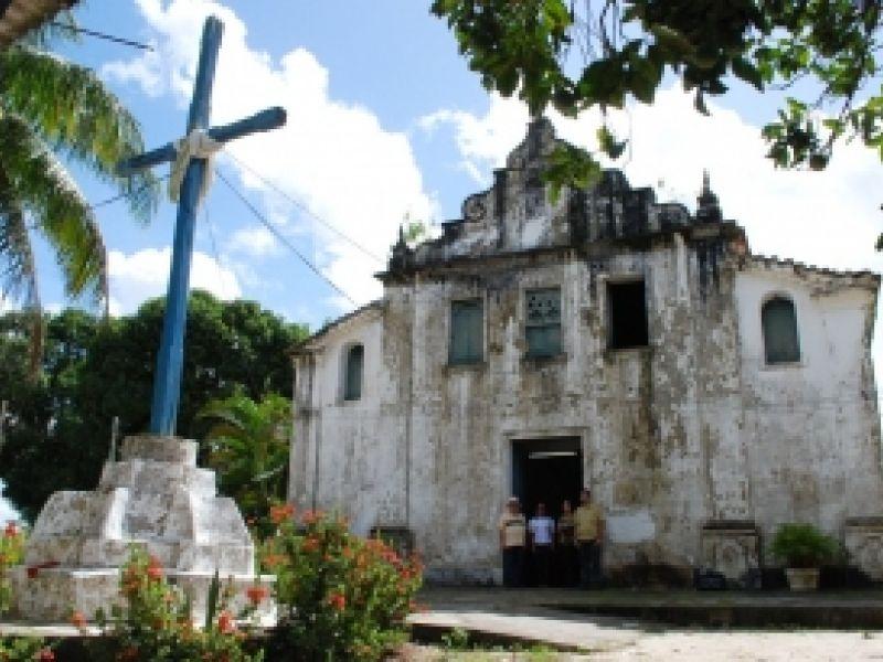 Governo vai restaurar igreja tombada em Carmópolis