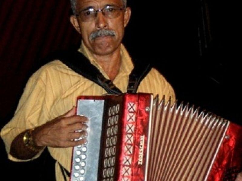 Mestres da Sanfona se apresentam no Teatro Deodoro