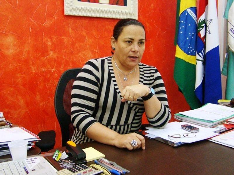 Polícia prende Prefeita de Anadia, seu esposo e policial militar