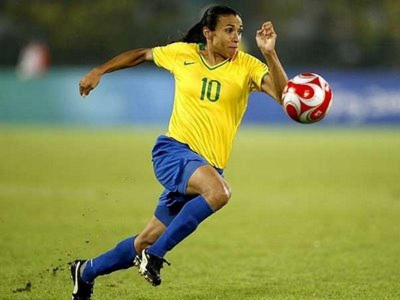 Seleção feminina de futebol é convocada e Marta não está na lista