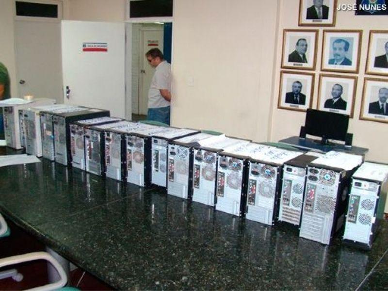 Anadia: Computadores da prefeitura serão analisados pela PF