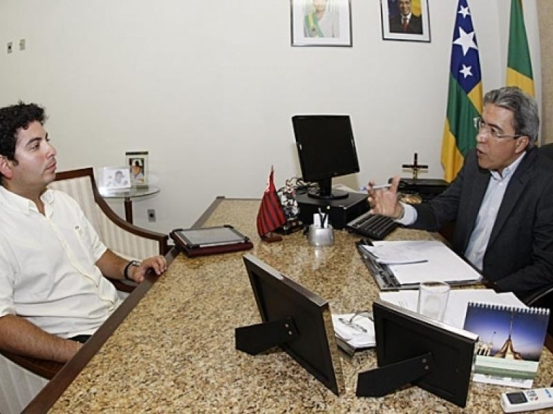 Governador Marcelo Déda recebe prefeitos no Palácio de Veraneio