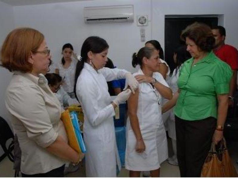 Alagoas antecipa vacinação da gripe A para profissionais de saúde