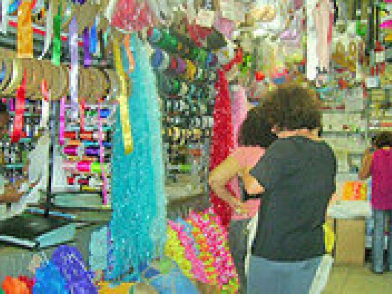 Procon divulga preços de produtos para o carnaval