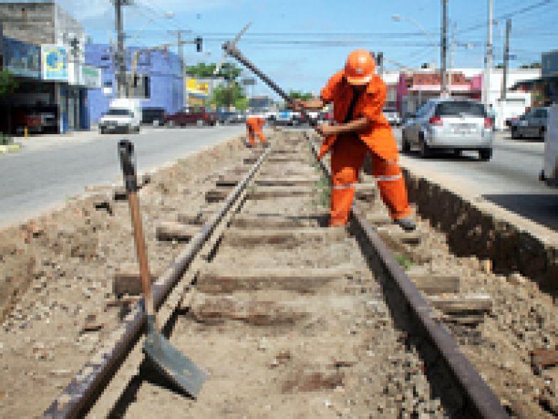 Recuperação da malha ferroviária chega a Maceió