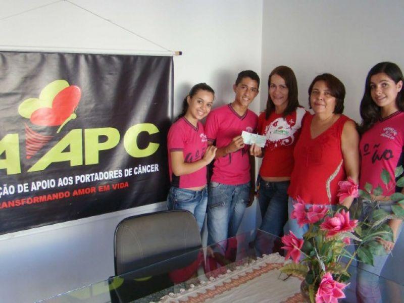 Estudantes de arapiraca realizam gincana e ajudam instituição