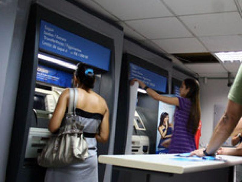 Governo inicia pagamento de servidores nesta quarta