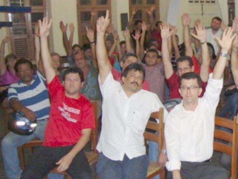 Caixa em Alagoas segue em greve na segunda dia 19
