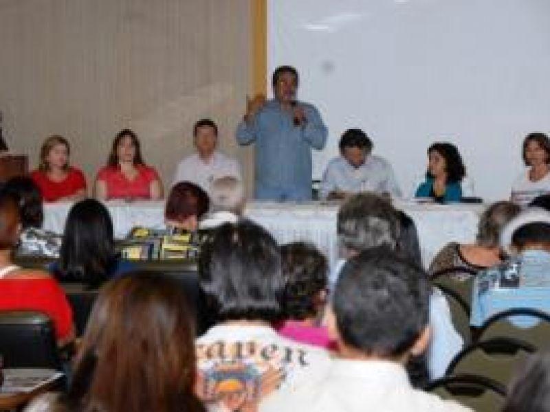 Seminário em defesa do SUS debate gestão da Saúde