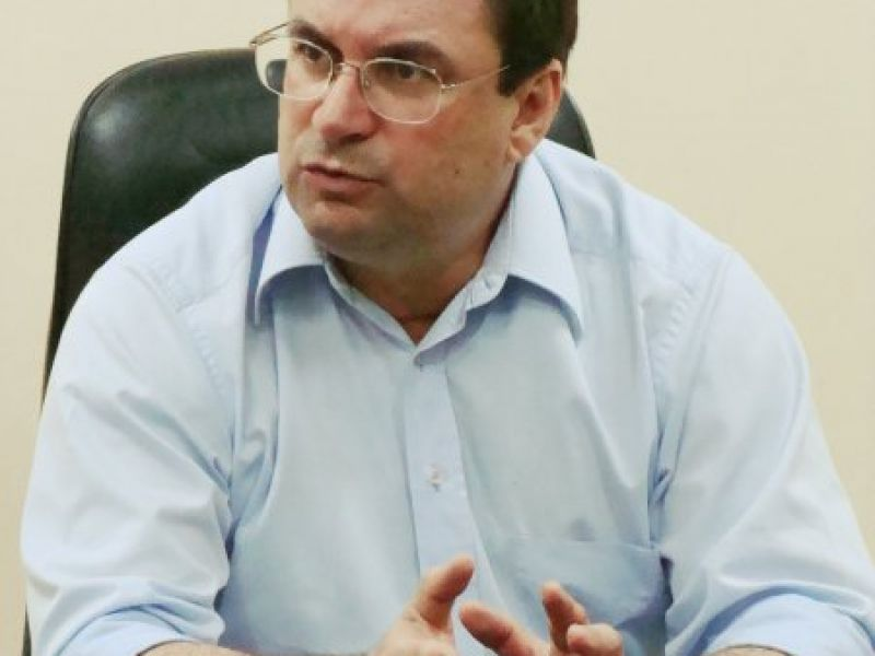 Luciano Barbosa acompanha início das obras em Estádio Municipal