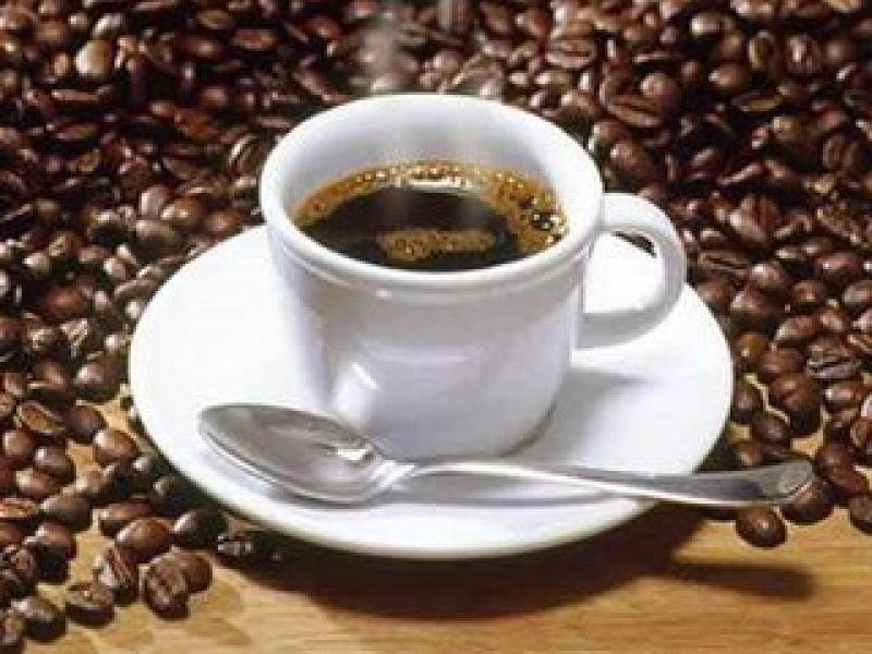 Brasileiros quebram recorde de consumo de café