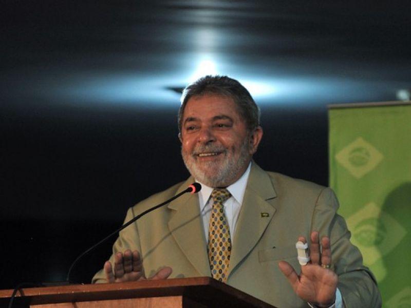 Lula envia telegrama para Obama pelo Prêmio Nobel da Paz