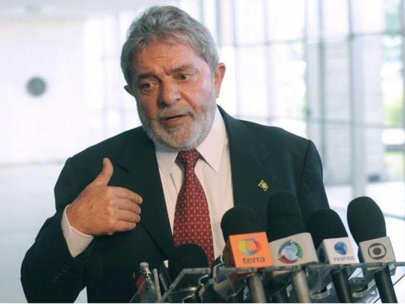 Na Venezuela, Lula volta a condenar golpe em Honduras
